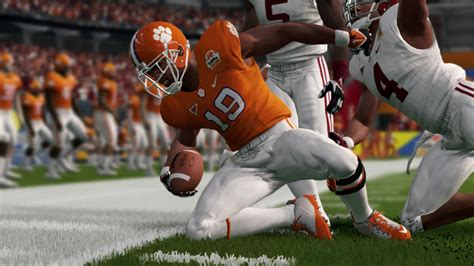 NCAA Football 14 predicts Alabama to blow out Clemson in