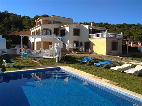 BARBECUE, POOL, BIG GARDEN, PRIVATE PARKING, INDEPENDENT
