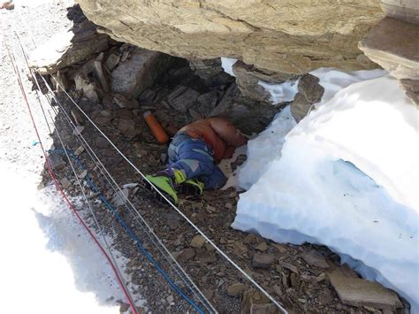 More Than 200 Dead Body Remains Are Lying At Mt