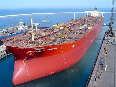 Largest Ship in the World ~ Damn Cool Pictures