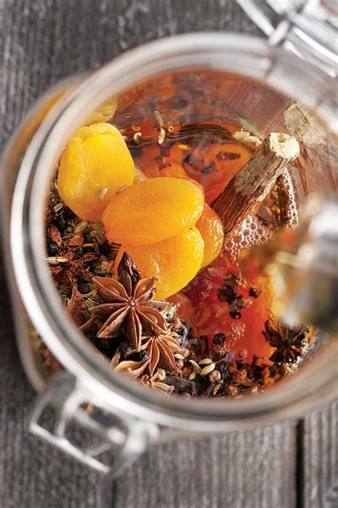 Licorice Bitters Recipe - Natural Health - MOTHER EARTH NEWS