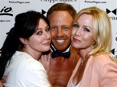 Shannen Doherty and Jennie Garth support Ian Ziering at