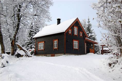 100 Years Old Norwegian Log House at Holemark Farm