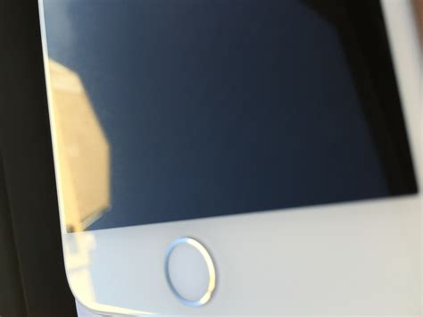 Scratched iPhone 6 Display? Send In Your Pictures