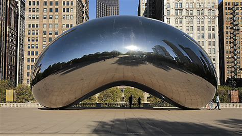 Time lapse video: A day at Chicago's 'Bean' - Chicago Tribune