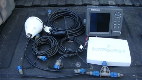 ***SOLD***Lowrance LMS-332C Fishfinder GPS - The Hull