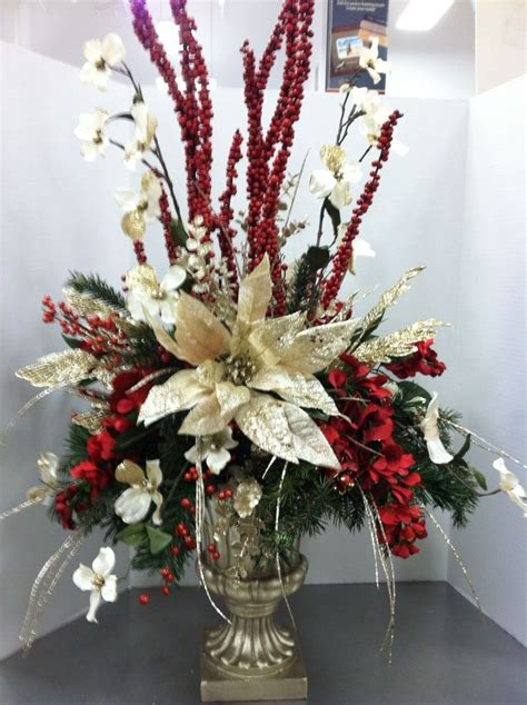 Image result for FLORAL CHRISTMAS SPRAYS ON TABLE
