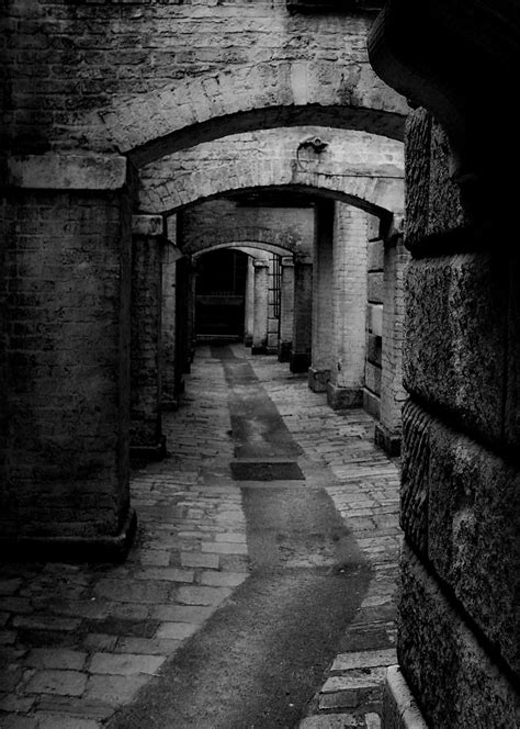 A dark narrow street of London ?   No just the lower