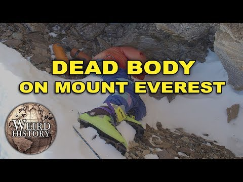 """The Creepy Story of """"Green Boots,"""" The Frozen Corpse On Mt"""