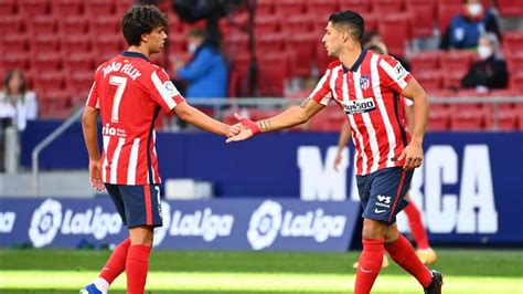Luis Suarez hits two on fine Atletico Madrid debut in 6-1