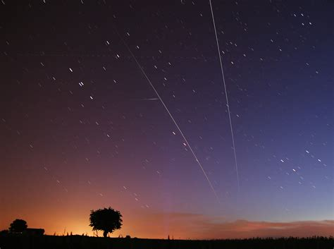 APOD: 2008 June 4 - Chasing the ISS